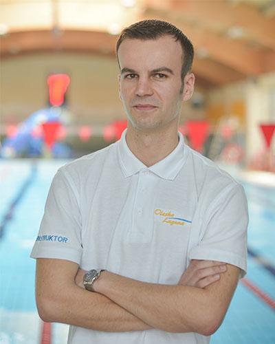 Świąteczna promocja nauka pływania dla dzieci w wieku 10-12 lat