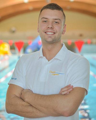 Kurs nauki pływania dla dzieci w wieku 7–8 lat